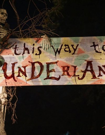 night-sign-underland-entrance