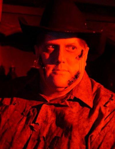 zombie-western-cowboy-shotgun-heartstoppers
